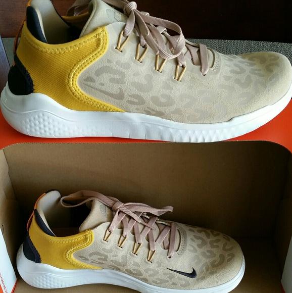 Nike Free Rn 28 Wild Suede